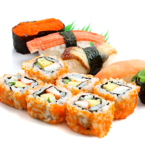 sushi rol futomaki